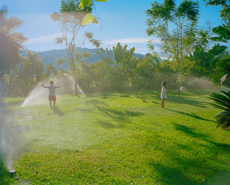 http://www.santiagoforero.com/files/gimgs/th-41_santiago-forero-story-about-friends-sprinkler-play_v4.jpg