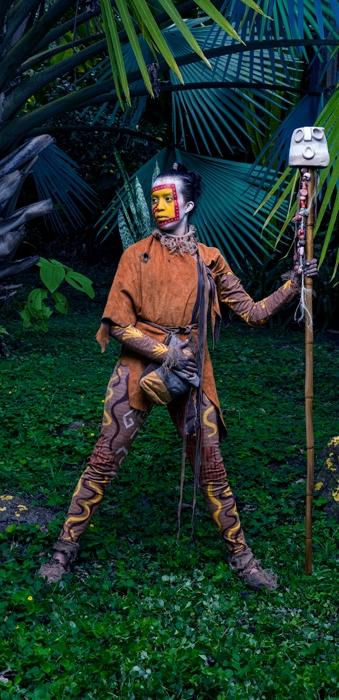 http://www.santiagoforero.com/files/gimgs/th-44_hombre-dorado-tapestry-1.jpg